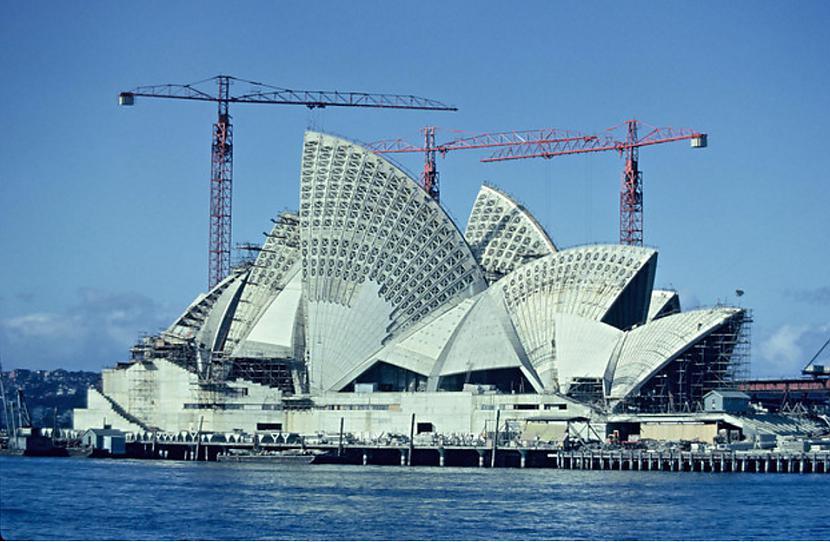 Sidnejas Operas ēka 1966g... Autors: Lestets Pasaules ikoniskās būves pirms to pabeigšanas