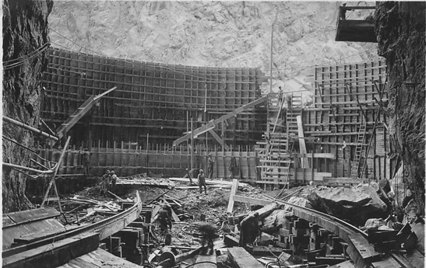 Hūvera aizsprosts 1932g... Autors: Lestets Pasaules ikoniskās būves pirms to pabeigšanas