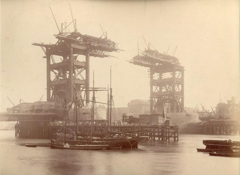 Torņa tilts Londona 1892g... Autors: Lestets Pasaules ikoniskās būves pirms to pabeigšanas