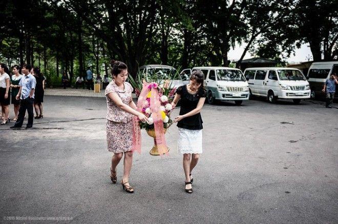 Ziemeļkorejas līderi gaida... Autors: Lestets Fotogrāfijas, par kurām nošauj