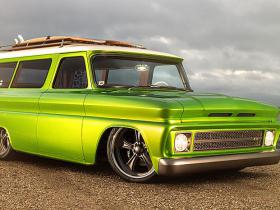 "1966 Chevrolet C10 Suburban ""Lime Crush"" Pro Touring​​​ ​tapšana."